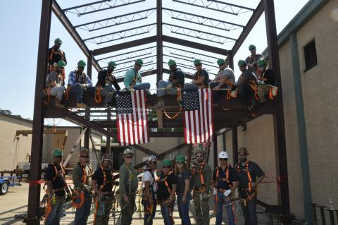 Texas Company Helps Military Vets Become Ironworkers