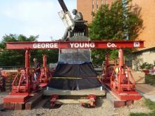 gantry statue lift