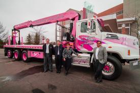 Fascan-V&H Pink Boom Truck