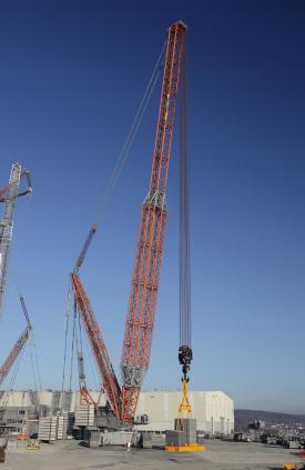 Liebherr Tests New P-boom on LR 13000 Crawler Crane | Lift and Access